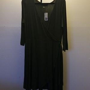 NWT Forever 21+ faux wrap dress
